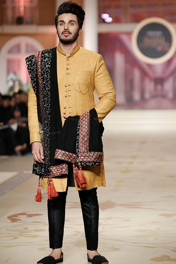 DRM5132 - Munib Nawaz Sherwani Style 2018 Collection