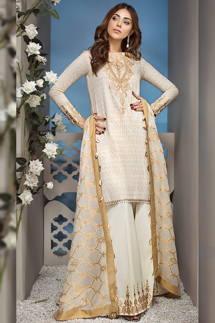 DRP7250 - Anaya Luxury Lawn 2018 New York, New Jersey, California, USA